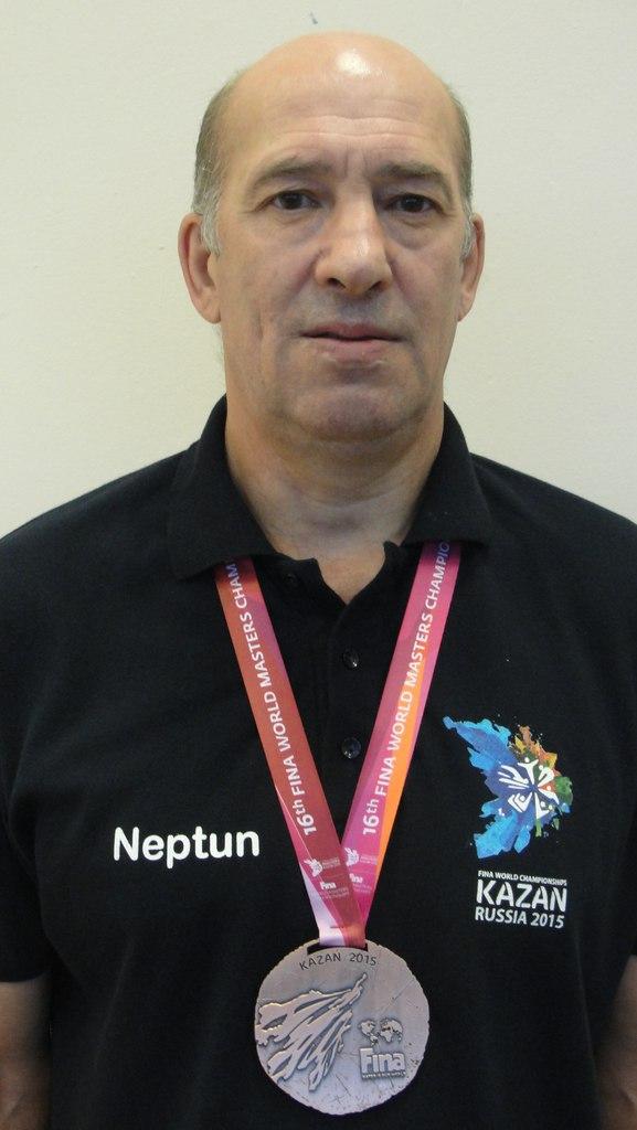 Бронзовый призер чемпионата мира по водному полу работает во Дворце спорта