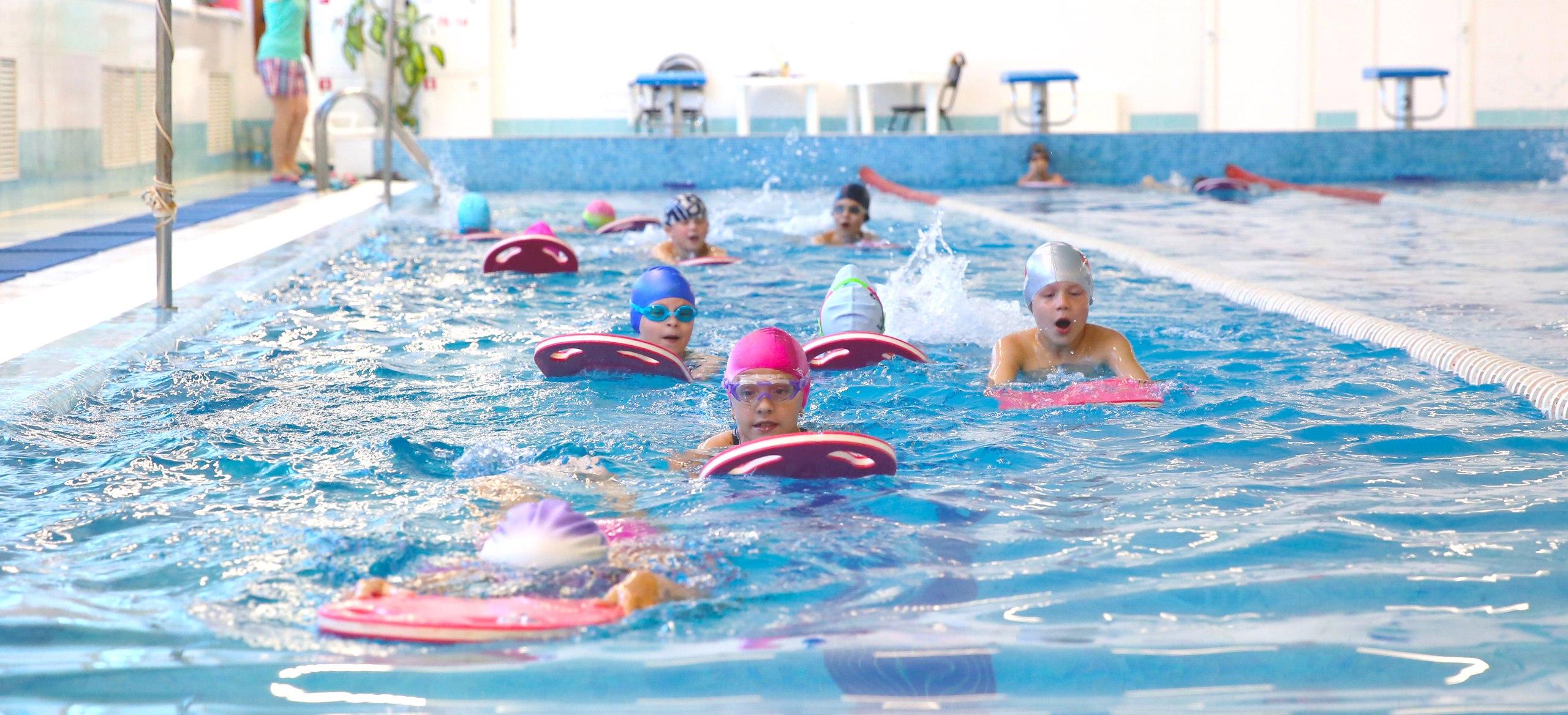 Формирование детских групп оздоровительного плавания на сентябрь