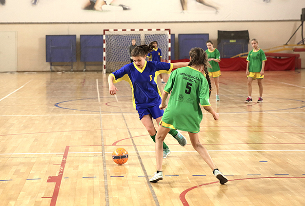 Соревнования по по мини-футболу