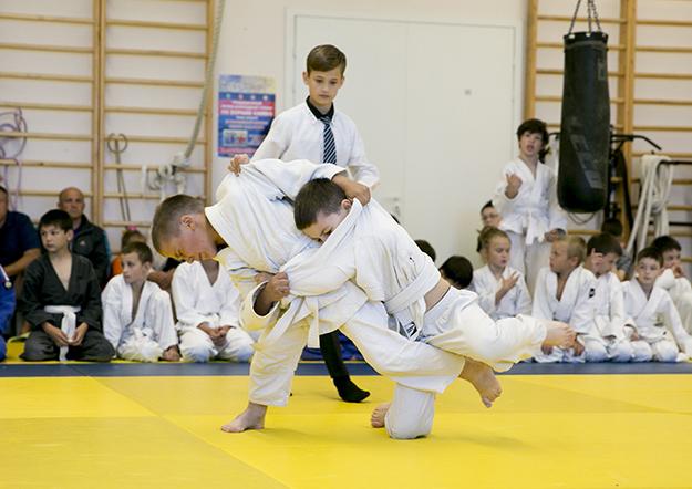 Первенство МАУ «Дворец спорта «Ока» по борьбе дзюдо, посвященное Дню защиты детей!