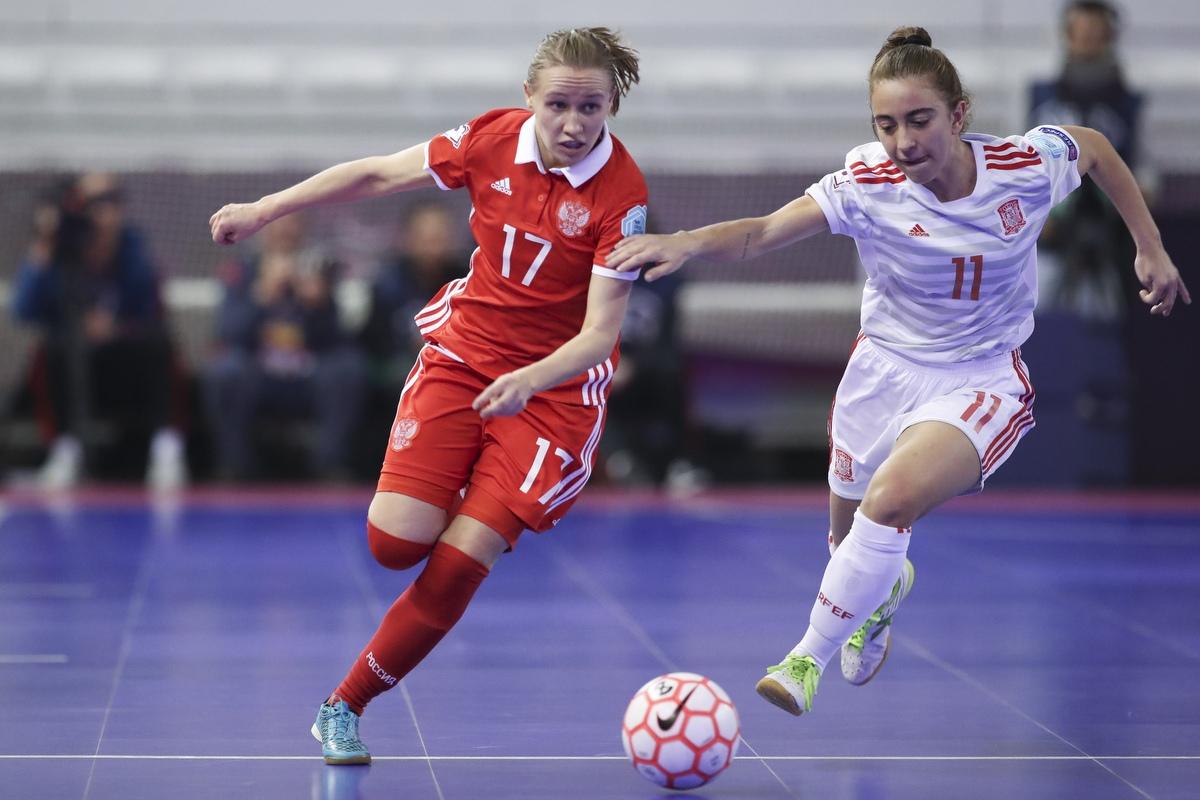 27-28 февраля 2021 года пройдет открытый зимний Кубок г. Пущино по мини-футболу среди женских команд.