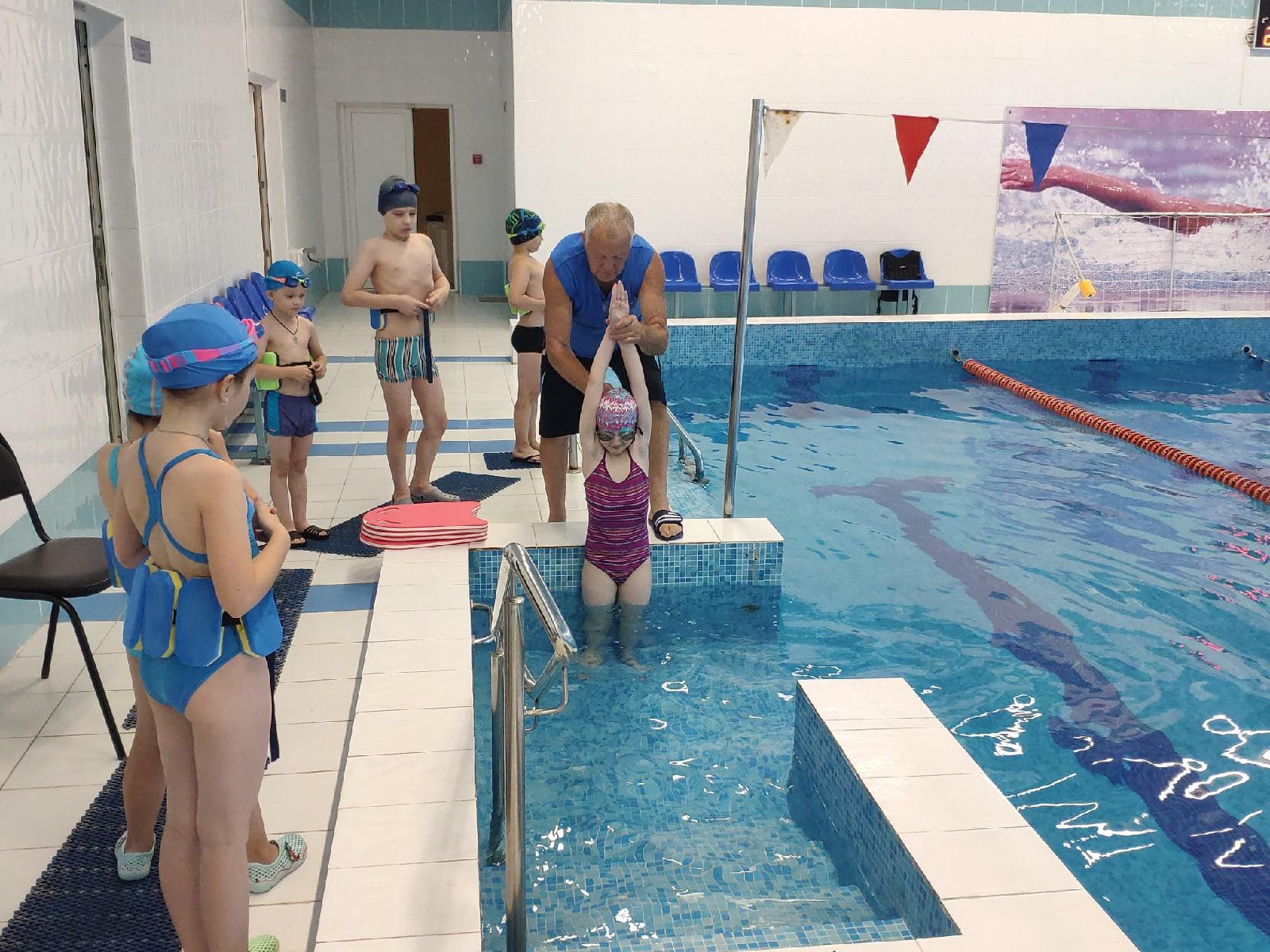 В связи с популярностью занятий групп детского оздоровительного плавания, администрацией Дворца спорта «Ока» принято решение организовать дополнительную, шестую группу.